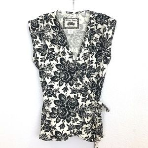 f2755d13a4bb56 Effie s Heart Tops - Modcloth Effie s Heart Wrap top Giverny Print